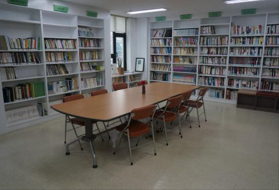 NGO Library / Cafe